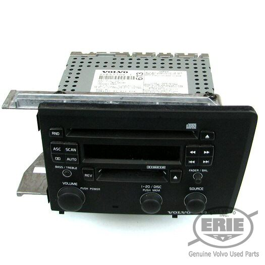 Volvo HU-613 CD Player/Radio (Black Faceplate) Fits S60